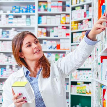 Envoyez vos fichiers à la pharmacie, nous préparons vos produits